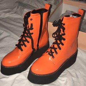 Dollskill Orange platform boots **brand new**